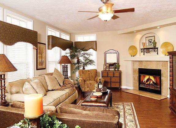 buckeye-family-living-room